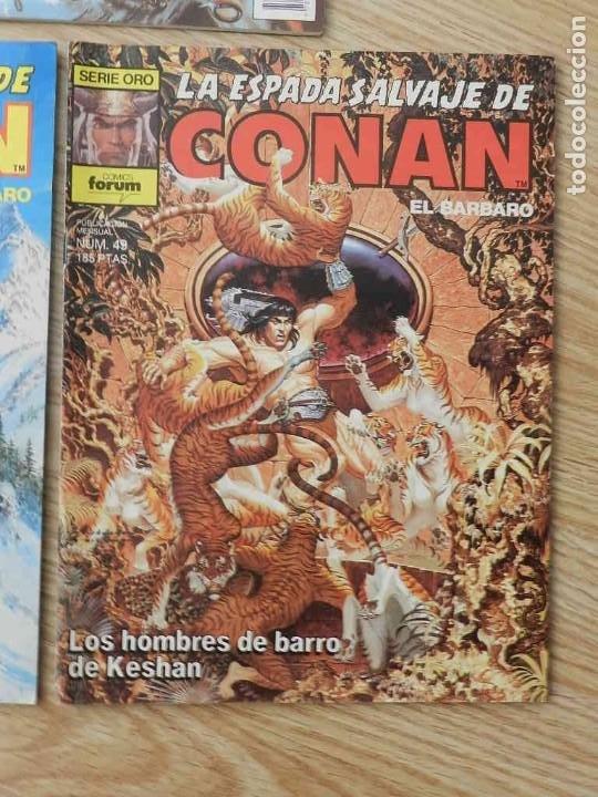 Cómics: Lote 3 La espada salvaje de CONAN Vol.I Volumen 1 Forum Serie Oro núm. 46, 48 y 49 - Foto 4 - 237473700
