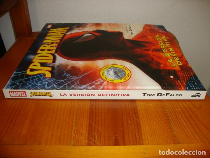 Cómics: SPIDER-MAN. LA VERSIÓN DEFINITIVA - TEXTOS DE TOM DE FALCO, INTROD. DE STAN LEE. EDICIÓN AMPLIADA - Foto 2 - 241766915