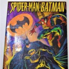 Comics : SPIDERMAN AND BATMAN - MENTES DESORDENADAS - FORUM AÑO 1996 - VOL 3 Nº 5. Lote 253644515
