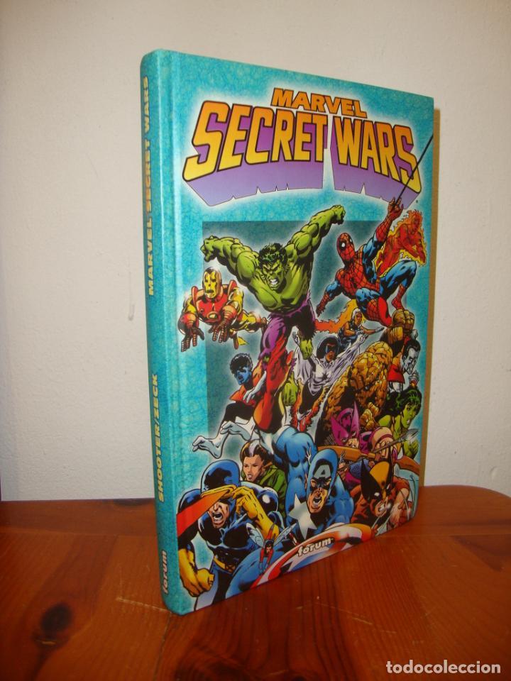 MARVEL SECRET WARS (CONTIENE LOS DOCE NÚMEROS DE LA COLECCIÓN) - FORUM, MUY BUEN ESTADO (Tebeos y Comics - Forum - Prestiges y Tomos)