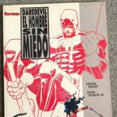 Cómics: DAREDEVIL: EL HOMBRE SIN MIEDO POR FRANK MILLER Y JOHN ROMITA JR.. Lote 278391848