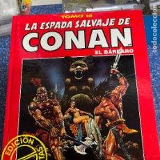 Cómics: FORUM ESPADA SALVAJE DE CONAN SERIE ROJA TOMO 15 MUY BUEN ESTADO. Lote 278406808