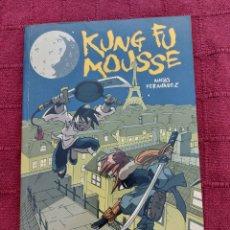 Cómics: KUNG FU MOUSSE -NACHO FERNÁNDEZ-GLENAT-LLEVA FIRMA Y CARICATURA. Lote 212555471