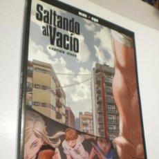 Cómics: SALTANDO AL VACÍO. CAPÍTULO 5. MAN + EGO 2009 (SEMINUEVO). Lote 253648535