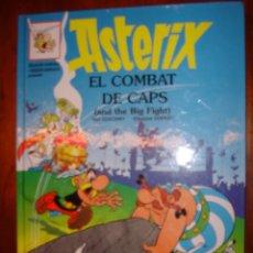 Cómics: ASTERIX EL COMBAT DE CAPS EN CATALAN E INGLES. Lote 30520346