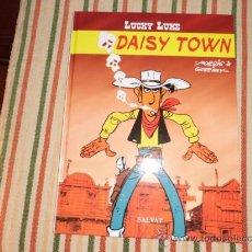 Cómics: LUCKY LUKE SALVAT DAISY TOWN. Lote 36493371