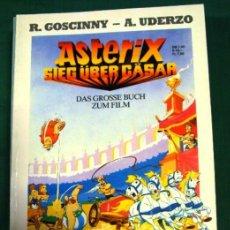 Cómics: COMIC ASTERIX EN ALEMAN TAPAS BLANDAS SIEG UBER CASAR. Lote 42569810