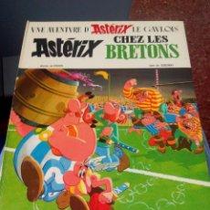 Cómics: UNE AVENTURE D'ASTERIX LE GAULOIS CHEZ LES BRETONS 1966.DRAGAUD.FRANCES. Lote 52132303