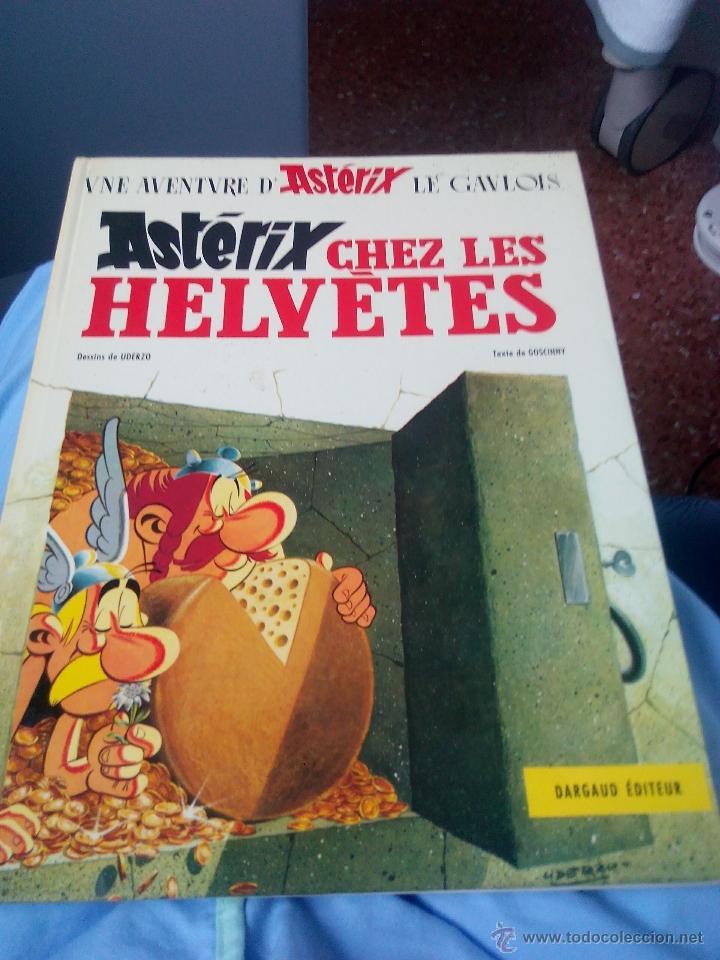 UNE AVENTURE D'ASTERIX LE GAULOIS CHEZ LES HELVETES 1970.DRAGAUD .FRANCES (Tebeos y Comics - Grijalbo - Asterix)