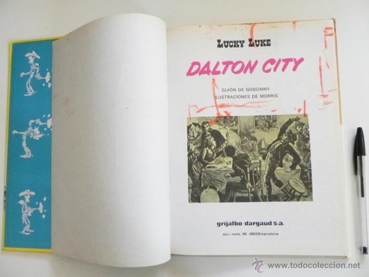 Cómics: DALTON CITY - CÓMIC AVENTURA DE LUCKY LUKE - ED GRIJALBO AÑOS 80 - TAPA DURA COLOR - HUMOR DEL OESTE - Foto 4 - 54513534