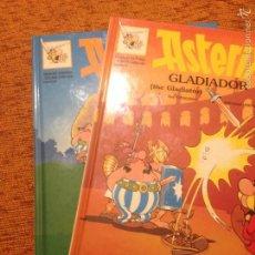 Cómics: GRIJALBO 1996 - 2 EJEMPLARES EN INGLÉS Y CATALÁN A LA VEZ - ASTERIX EL GALO - ASTERIX GLADIADOR. Lote 109367302