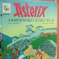 Cómics: LIBRO EN EUSKERA ASTERIX ARBERNOKO EZKUTUA. Lote 56290366