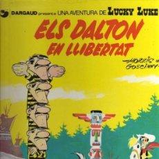 Cómics: ELS DALTON EN LLIBERTAT 1º EDICION EN CATALAN 1983. Lote 82113564
