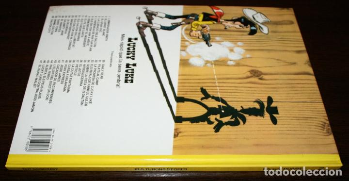 Cómics: LUCKY LUKE - ELS TURONS NEGRES - MORRIS / GOSCINNY - GRIJALBO /DARGAUD - 1992 - EN CATALÁN - Foto 2 - 86343292