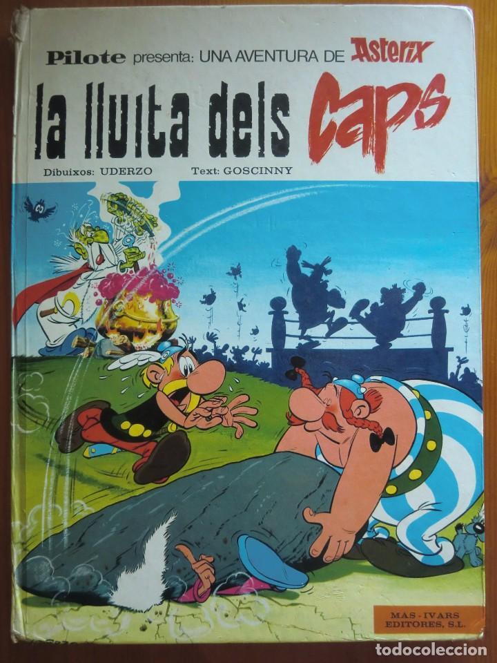 TEBEO CÓMIC ASTERIX Y OBELIX: LA LLUITA DELS CAPS (1976) DE UDERZO Y GOSCINNY. EN VALENCIANO (Tebeos y Comics - Grijalbo - Asterix)