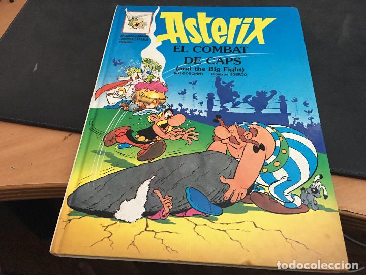 ASTERIX Nº 10 EL COMBAT DE CAPS TAPA DURA CATALAN - INGLES (COI41) (Tebeos y Comics - Grijalbo - Asterix)