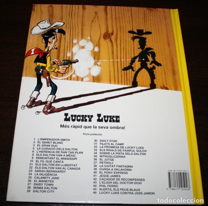Cómics: LUCKY LUKE - REMUNTANT EL MISSISSIPÍ - MORRIS & GOSCINNY - GRIJALBO/DARGAUD - 1992 - EN CATALÁN - Foto 3 - 101245423