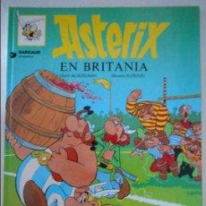 Cómics: ASTERIX EN BRITANIA. GUION DE GOSCINNY Y DIBUXOS D'UDERZO. EN ASTURIANO. COMIC EN COLOR. GRIJALBO/DA. Lote 109147063