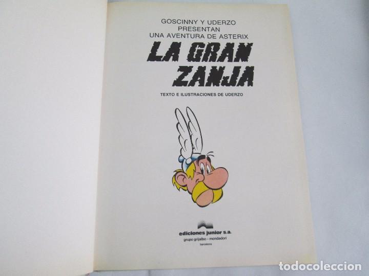 Cómics: LAS AVENTURAS DE ASTERIX. 8 VOLUMENES. GUION GOSCINNY. ILUSTRACION UDERZO. GRIJALBO 1990 - Foto 36 - 114926963