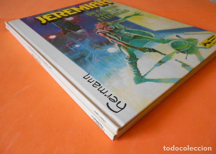 Cómics: JEREMIAH. TRES VOLUMENES. Nº 3,4(1ª edicion rústica) Y 5 (cartoné). HERMANN. BUEN ESTADO. - Foto 2 - 118530671