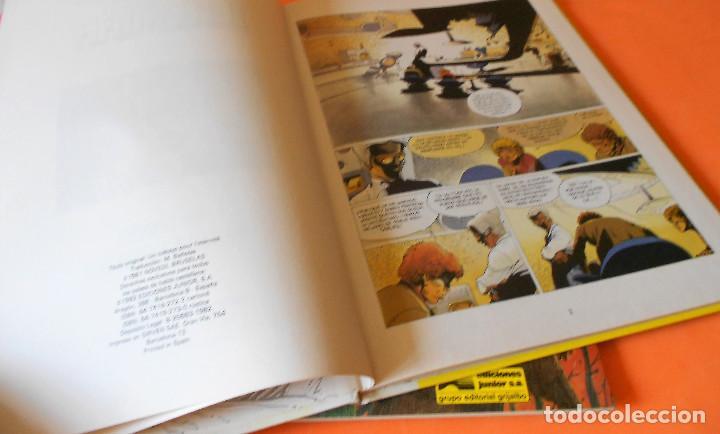 Cómics: JEREMIAH. TRES VOLUMENES. Nº 3,4(1ª edicion rústica) Y 5 (cartoné). HERMANN. BUEN ESTADO. - Foto 3 - 118530671
