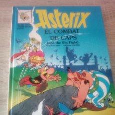 Cómics: ASTÉRIX - EL COMBAT DE CAPS - EN CATALÁN E INGLÉS - EDITORIAL GRIJALBO 1996. Lote 125116095