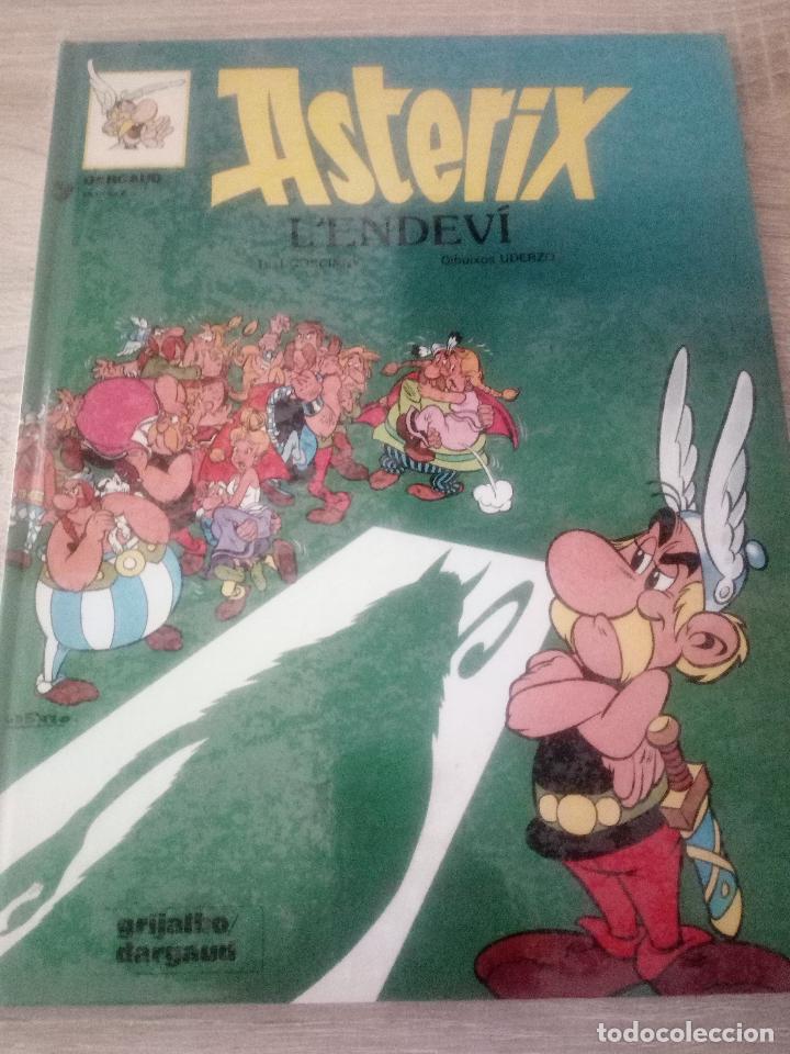 ASTÉRIX - L' ENDEVÍ - EN CATALÁN - EDITORIAL GRIJALBO 1989 (Tebeos y Comics - Grijalbo - Asterix)