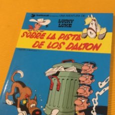 Cómics: LUCKY LUKE SOBRE LA PISTA DE LOS DALTON NÚMERO 34 COMO NUEVO. Lote 130694859