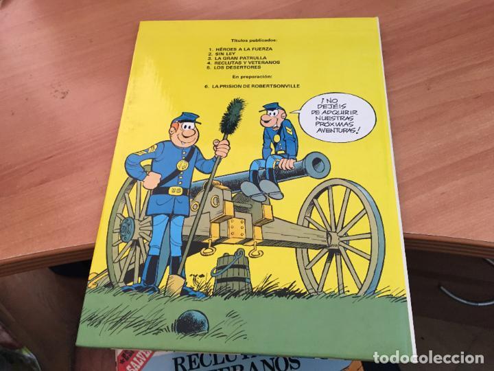 Cómics: CASACAS AZULES LOTE COLECCION COMPLETA TAPA DURA A FALTA DEL Nº 3 (COIM10) - Foto 12 - 132899810