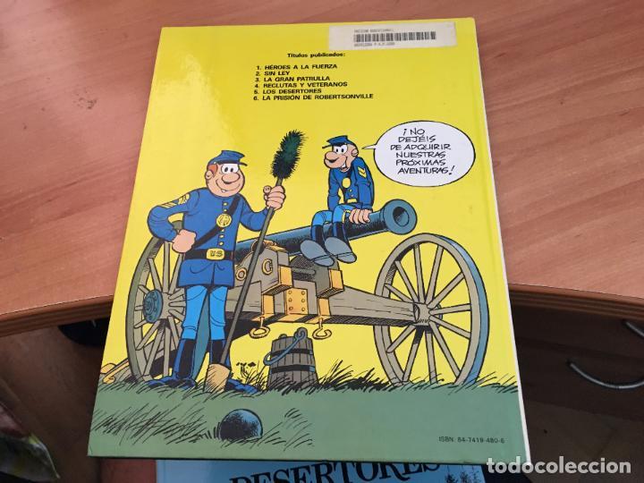 Cómics: CASACAS AZULES LOTE COLECCION COMPLETA TAPA DURA A FALTA DEL Nº 3 (COIM10) - Foto 14 - 132899810