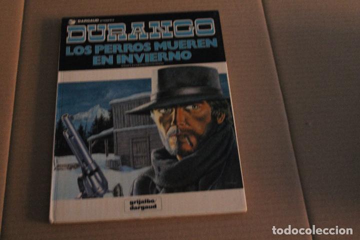 DURANGO Nº 1, LOS PERROS MUEREN EN INVIERNO, TAPA DURA, EDITORIAL GRIJALBO (Tebeos y Comics - Grijalbo - Durango)