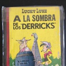Cómics: LUCKY LUKE A LA SOMBRA DE LOS DERRICKS 1ª EDICIÓN _LEY512. Lote 154333550