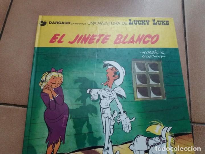 Cómics: El jinete blanco. Lucky Luke. Junior Grijalbo. N° 2. Morris. Tapa dura. Buen estado. - Foto 2 - 172001117