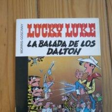 Cómics: LUCKY LUKE LA BALADA DE LOS DALTON - COLECCIÓN 16/22 Nº 7 - MUY BUEN ESTADO. Lote 177668312