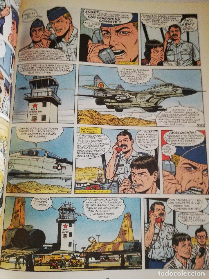 Cómics: LOS AGRESORES (LAS AVENTURAS DE BUCK DANNY Nº 44) GUIÓN DE J. M. CHARLIER - Foto 3 - 183391000