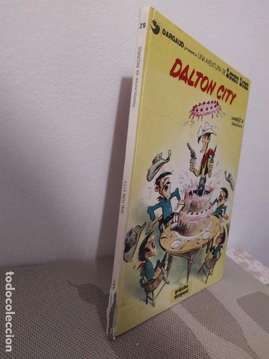 Cómics: LUCKY LUKE. Nº 29. DALTON CITY. GRIJALBO. 1985. - Foto 2 - 190607941