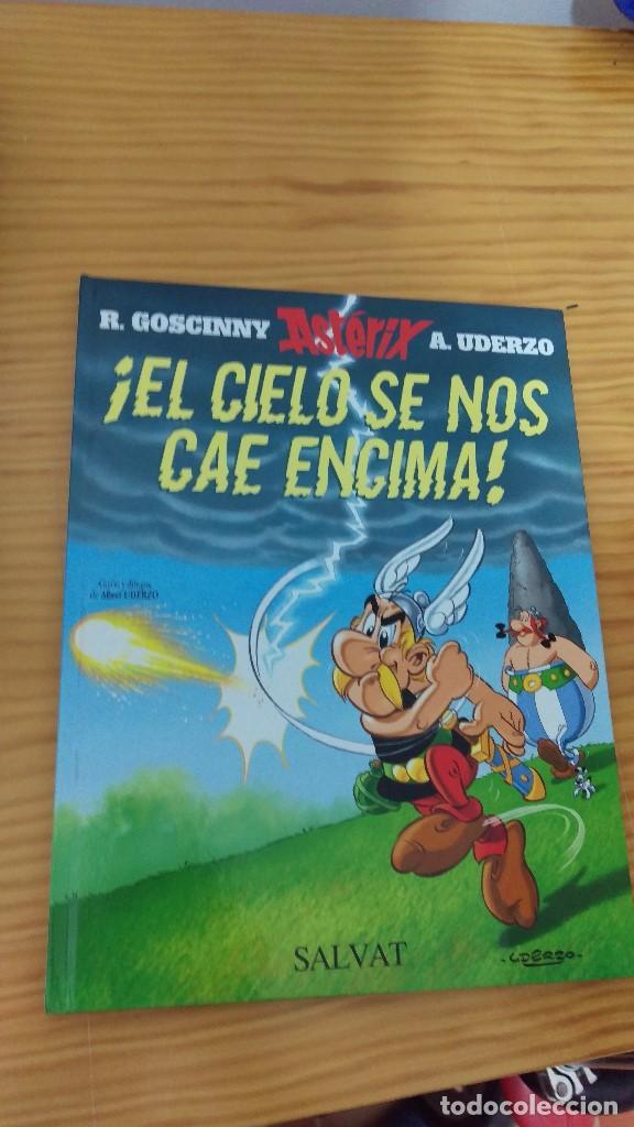 ASTERIX, EL CIELO SE NOS CAE ENZIMA (Tebeos y Comics - Grijalbo - Asterix)