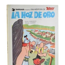 Cómics: LA HOZ DE ORO (UNA AVENTURA DE ASTERIX) - GOSCINNY / UDERZO. Lote 207021055