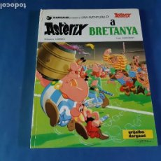 Cómics: ASTERIX A BRETANYA -1º EDICIÓN EN CATALAN-1981. Lote 211464160