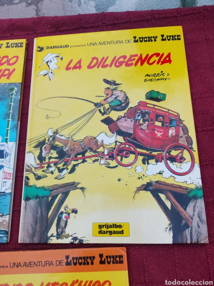 Cómics: LUCKY LUKE: LA DILIGENCIA, EL BANDIDO MECANICO,DALTON CITY, INDULTO PARA LOS DALTON, REMONTANDO EL M - Foto 8 - 215580831