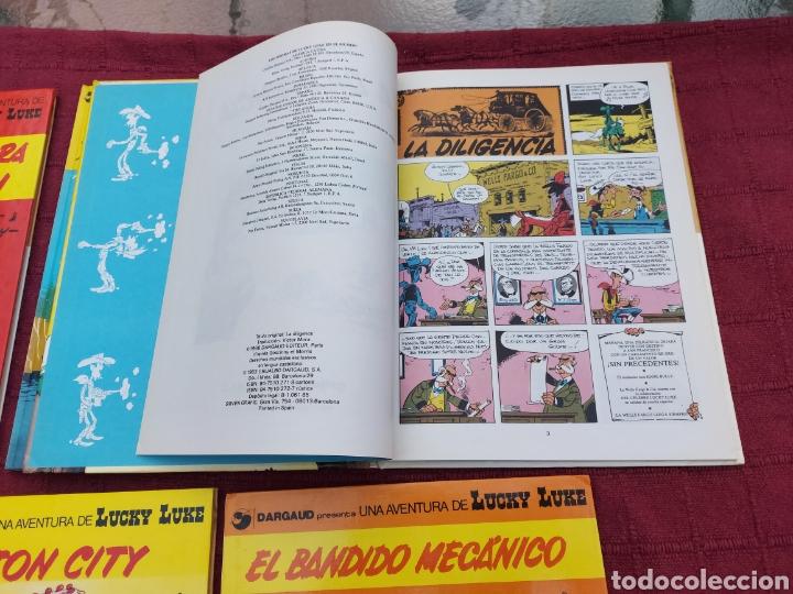 Cómics: LUCKY LUKE: LA DILIGENCIA, EL BANDIDO MECANICO,DALTON CITY, INDULTO PARA LOS DALTON, REMONTANDO EL M - Foto 9 - 215580831