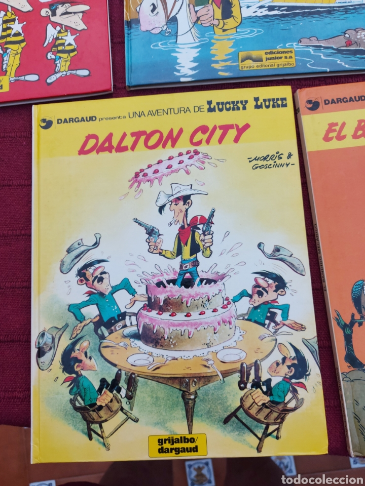 Cómics: LUCKY LUKE: LA DILIGENCIA, EL BANDIDO MECANICO,DALTON CITY, INDULTO PARA LOS DALTON, REMONTANDO EL M - Foto 11 - 215580831