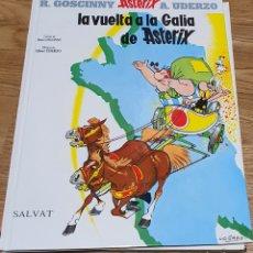 Cómics: LA VUELTA A LA GALICIA DE ASTERIX. Lote 220627250
