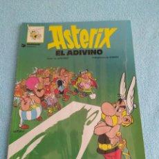 Cómics: ASTERIX EL ADIVINO Nº 19 NUEVO EN PLASTICO , GRIJALBO DARGAUD TAPA BLANDA 1996. Lote 227881910