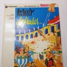 Cómics: COMIC ASTERIX GLADIADOR-DARGAUD 1980 TAPA DURA NÚMERO 4. Lote 233350385
