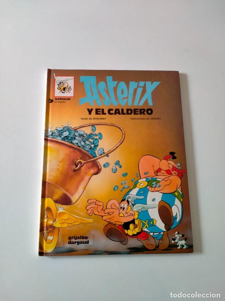 ASTÉRIX Y EL CALDERO NÚMERO 13 GRIJALBO-DARGAUD AÑO 1993 TAPA DURA (Tebeos y Comics - Grijalbo - Asterix)