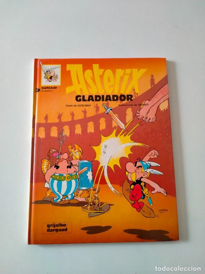 ASTÉRIX GLADIADOR NÚMERO 4 GRIJALBO-DARGAUD AÑO 1992 TAPA DURA (Tebeos y Comics - Grijalbo - Asterix)