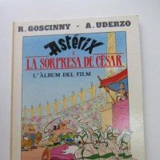 Cómics: ASTERIX I LA SORPRESA DEL CESAR GRIJALBO DARGAUD GOSCINNY UDERZO EN CATALÀ ARX107. Lote 267495434