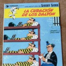 Cómics: LUCKY LUKE Nº 5 LA CURACIÓN DE LOS DALTON (GRIJALBO DARGAUD 1985). Lote 267894234