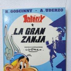 Cómics: ASTÉRIX LA GRAN ZANJA. PRIMERA EDICIÓN. Lote 278482883